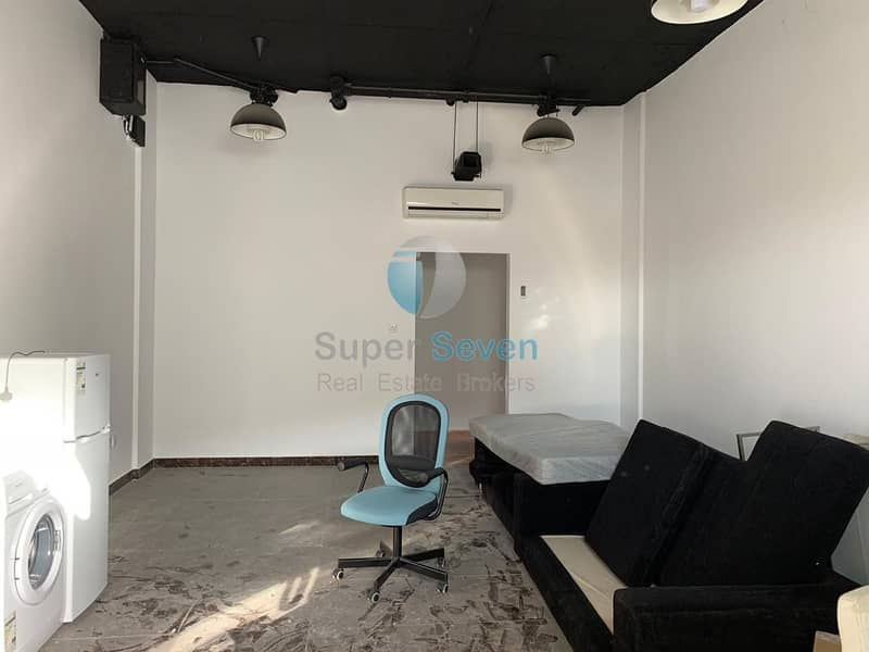 Fully fitted shop for rent in France Cluster P09