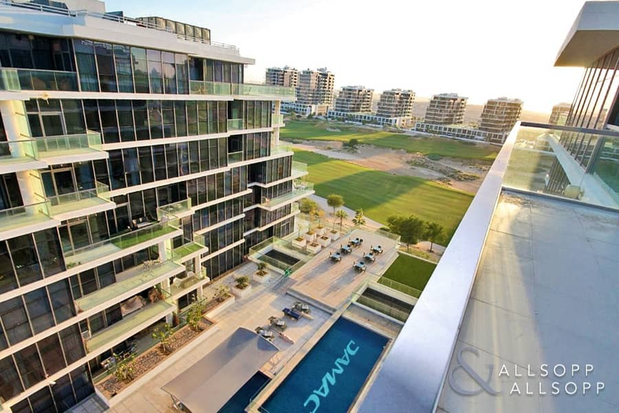 Modern 2 Bed Apartment | Golf Course Views