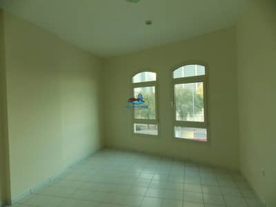 2 Bedroom Flat for Rent in Downtown Dubai, Dubai - Start summer off in your new apartment home. RARE VACANCY in this luxury apartment. Call Rahim for a viewing now!!