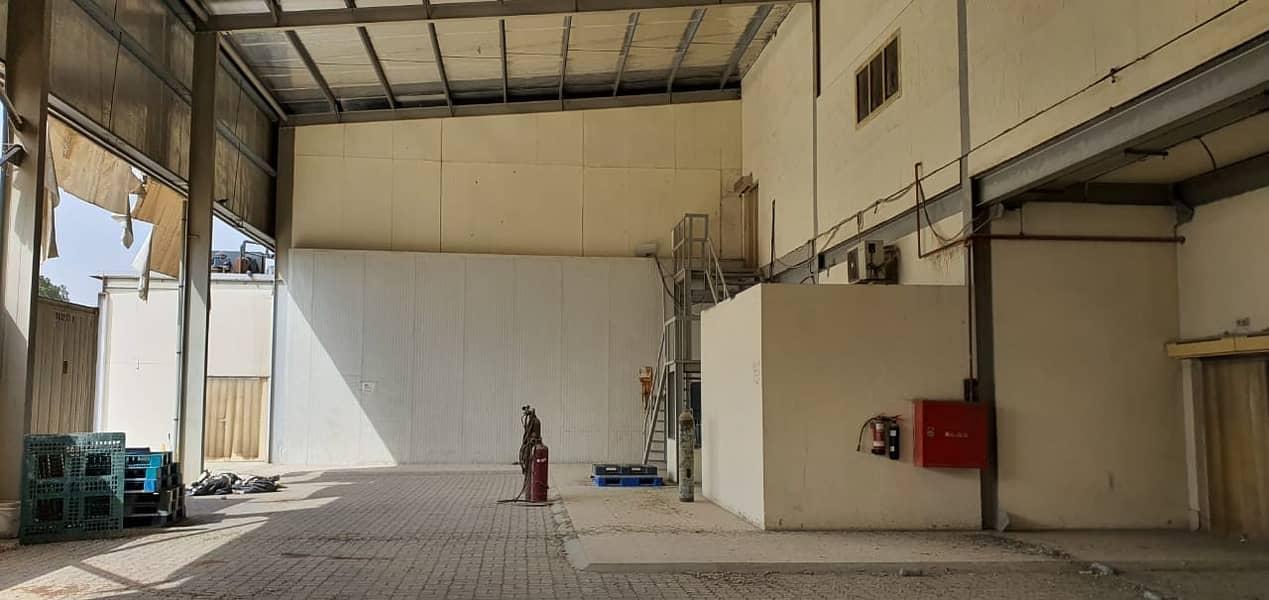 مستودع في المنطقة الصناعية 3 المنطقة الصناعية 700000 درهم - 4499227