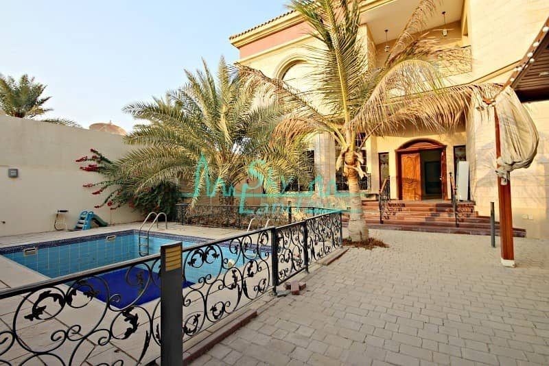 2 Very spacious 5 bed with private pool Jumeirah 2