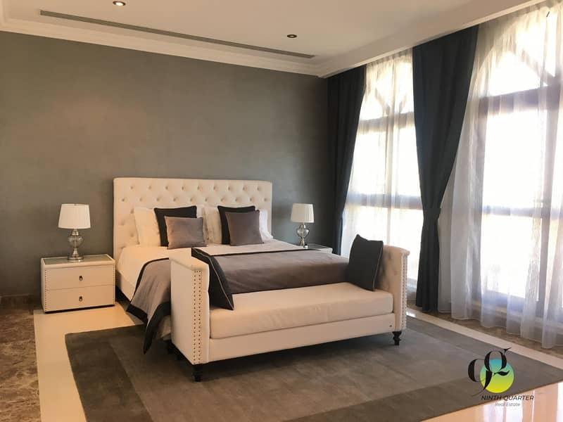 10  Large 5 bed Villa w. Elevator