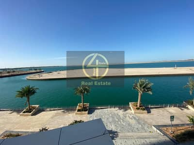 4 Bedroom Flat for Rent in Al Raha Beach, Abu Dhabi - Sizable Brand New Waterfront Apart in Raha Beach.