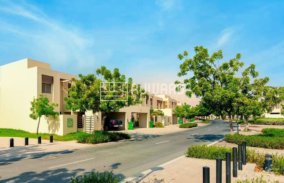 FURNISHED 3 BHK Townhouse Mina Al Arab!!