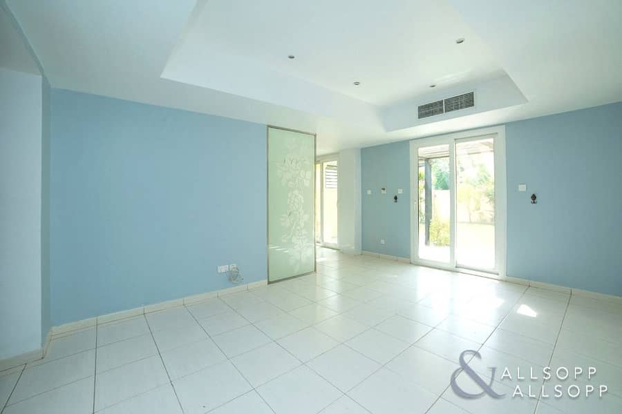 2 Single Row | 2 BR + Study | Priced To Sell