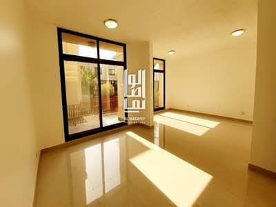 3 Bedroom Villa for Rent in Al Manara, Dubai - Lovely 3 Bedroom Villa with garden| Shared Pool !!