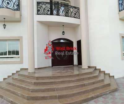 فیلا 5 غرف نوم للايجار في البرشاء، دبي - Perfect Family Home In The Private Setting