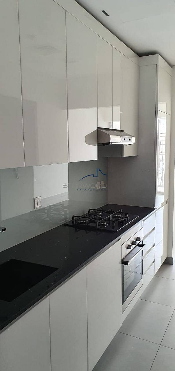 13 Luxury Brand New   Studio Fully Fitted Kitchen High End Finishing  with Miracle Garden View  