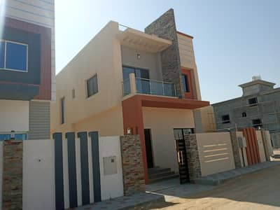 3 Bedroom Villa for Sale in Al Helio, Ajman - New villa for sale with air conditioners, water and electricity