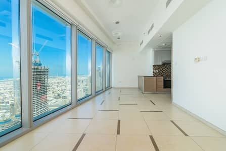 1 Bedroom Flat for Rent in Downtown Dubai, Dubai - Spacious 1BD| No Commission| Burj View| Plenty of Sun| Limited Offer!