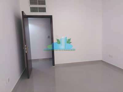 شقة 3 غرف نوم للايجار في شارع المطار، أبوظبي - Warm Up with Our Hot Specials wonderful 3 Bedrooms Apartment
