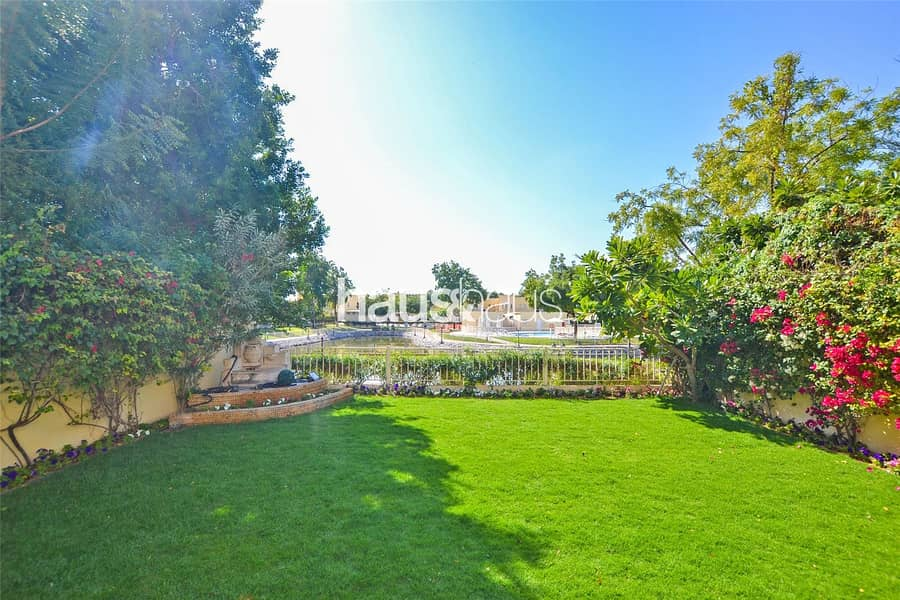 10 Lake View | Upgraded | Owner Occupied