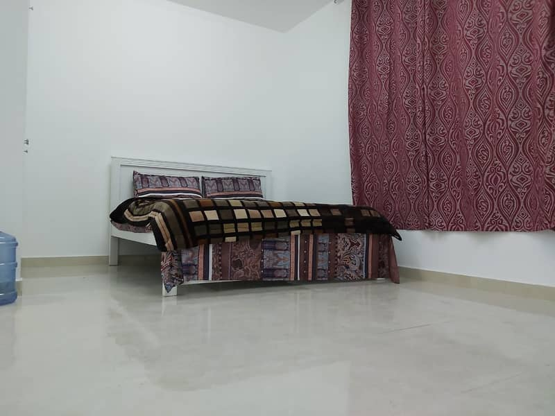 Fully Furnished Studio with Water/Electricity included in Tourist Club Area , Rent 3600