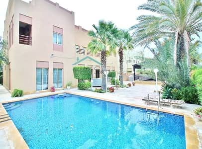 6 Bedroom Villa for Rent in The Meadows, Dubai - Beautiful Hattan Villa  - Lake View - Private Pool
