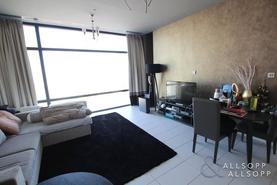 1 Bed | DIFC Views | Communal Gym and Pool