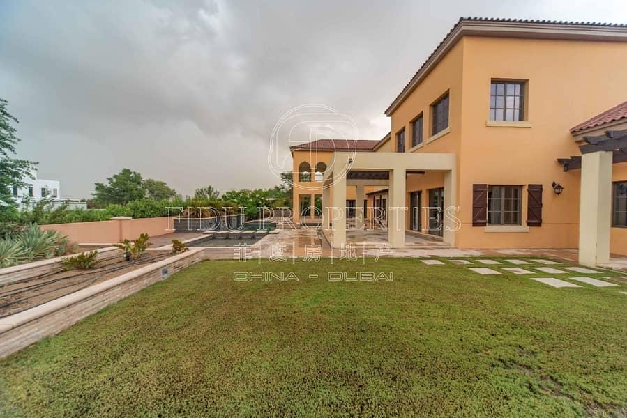 Brand New | 5 bed villa | Excellent location
