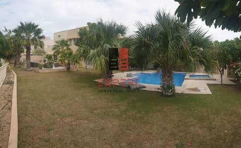 5 Bedroom Villa for Rent in The Meadows, Dubai - Amazing 5 bhk full lake view villa  w/ Private pool.