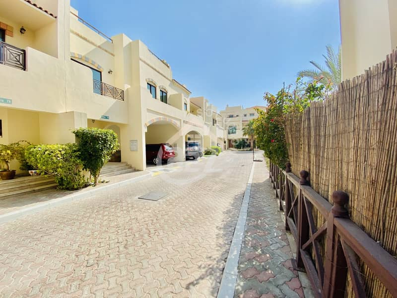2 Huge Stunning villa with One Month Rent Free