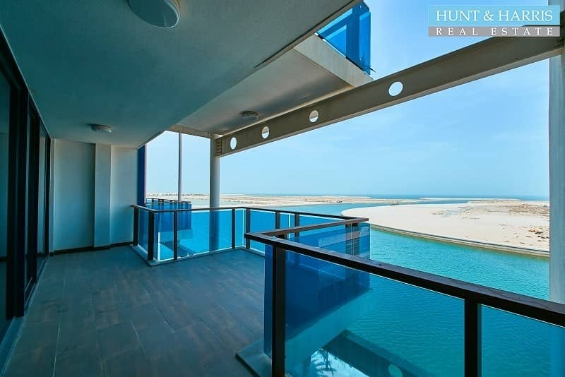 Spacious Living - Amazing Sea View - Duplex