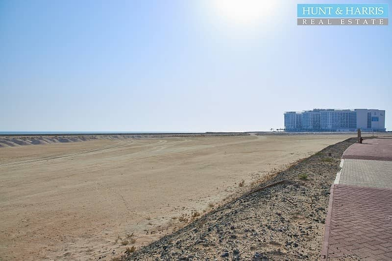 Residential Plot -  37 per square feet - Walk to the Beach