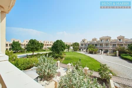 2 Bedroom Townhouse for Sale in Al Hamra Village, Ras Al Khaimah - Two Bedroom Townhouse near the Pool