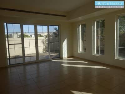 فیلا 4 غرف نوم للايجار في مارينا أم القيوين، أم القيوين - Four bedroom villa - Well maintained -  Ready to move in
