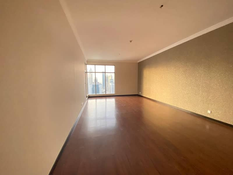 CHILLER FREE 2 BED ROOM WITH AIDS ROOM NEAR DMAC METRO JUST FOR 110K