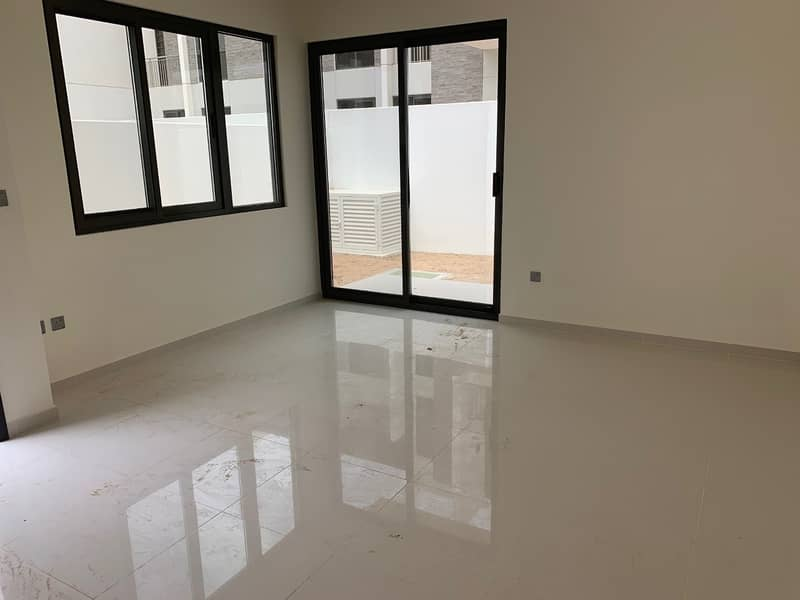 Brand New 3 Bedroom    No Commission   1 Month Free