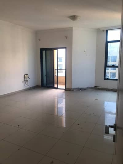 2 Bedroom Apartment for Sale in Ajman Downtown, Ajman - HALL WITH BALCONY