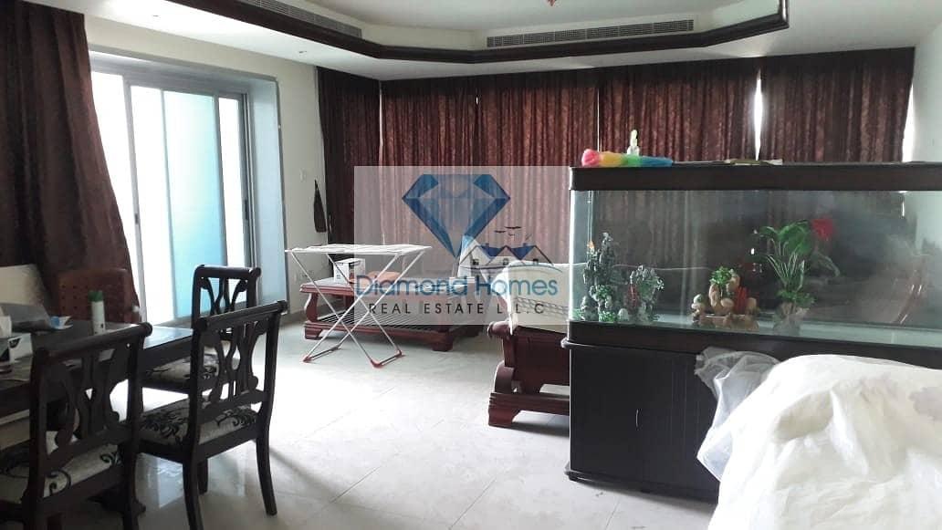 2 2BHK for sale in corniche  tower (600000)