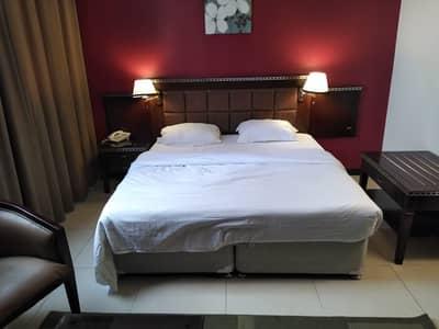 استوديو  للايجار في منطقة النادي السياحي، أبوظبي - شقة في منطقة النادي السياحي 55000 درهم - 4502400