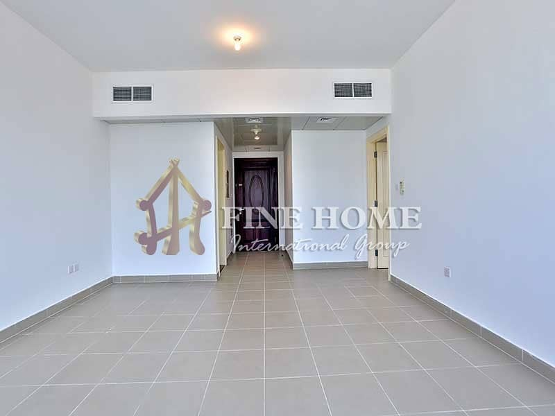 Amazing Well Spaced 1BR Apartment
