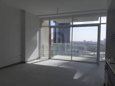 استوديو  للايجار في قرية جميرا الدائرية، دبي - Brand New Studio With Big Balcony In JVC