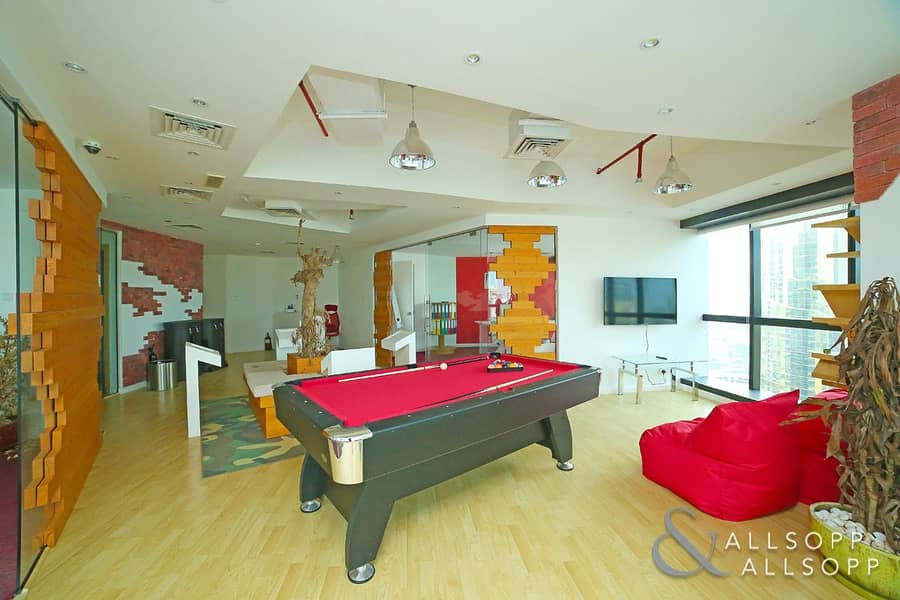 Luxury Furnished |Partitioned| Near Metro
