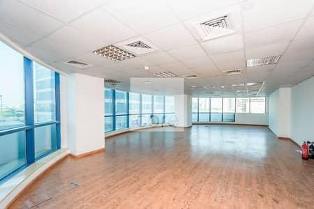 مکتب  للايجار في أبراج بحيرات الجميرا، دبي - Fitted Office | Prime Location | Low Floor