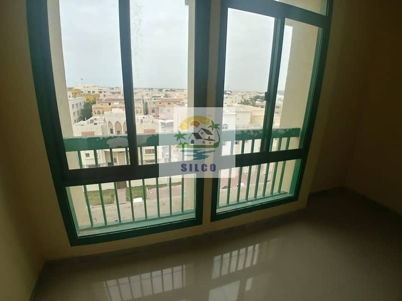 2 Fully renovated flat in Central A/C w/ balcony