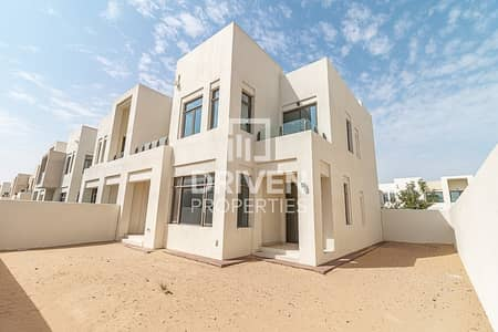 3 Bedroom Townhouse for Rent in Reem, Dubai - Excellent and Bright Unit|Lovely Location