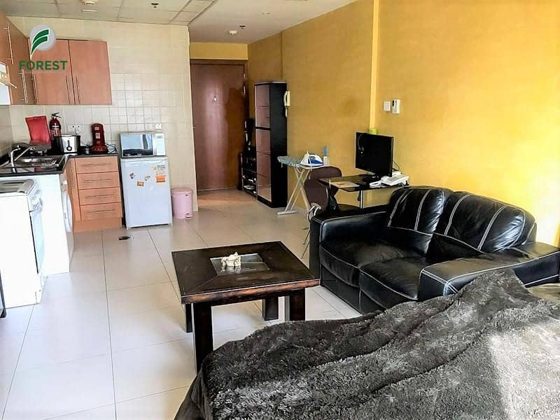 2 Well Maintained 1 Bed with Marina View | Vacant