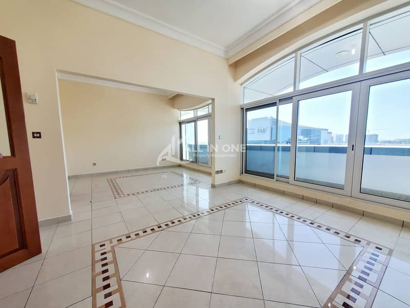 Stunning Views 3BR+Maids Room/Balcony/Parking!