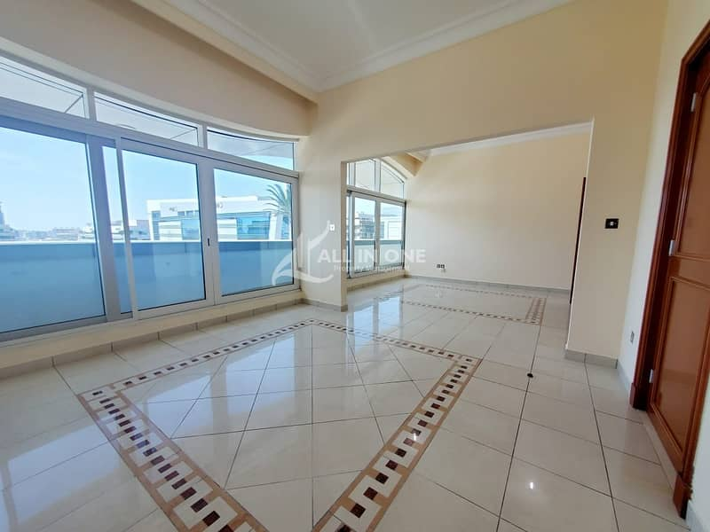 2 Stunning Views 3BR+Maids Room/Balcony/Parking!
