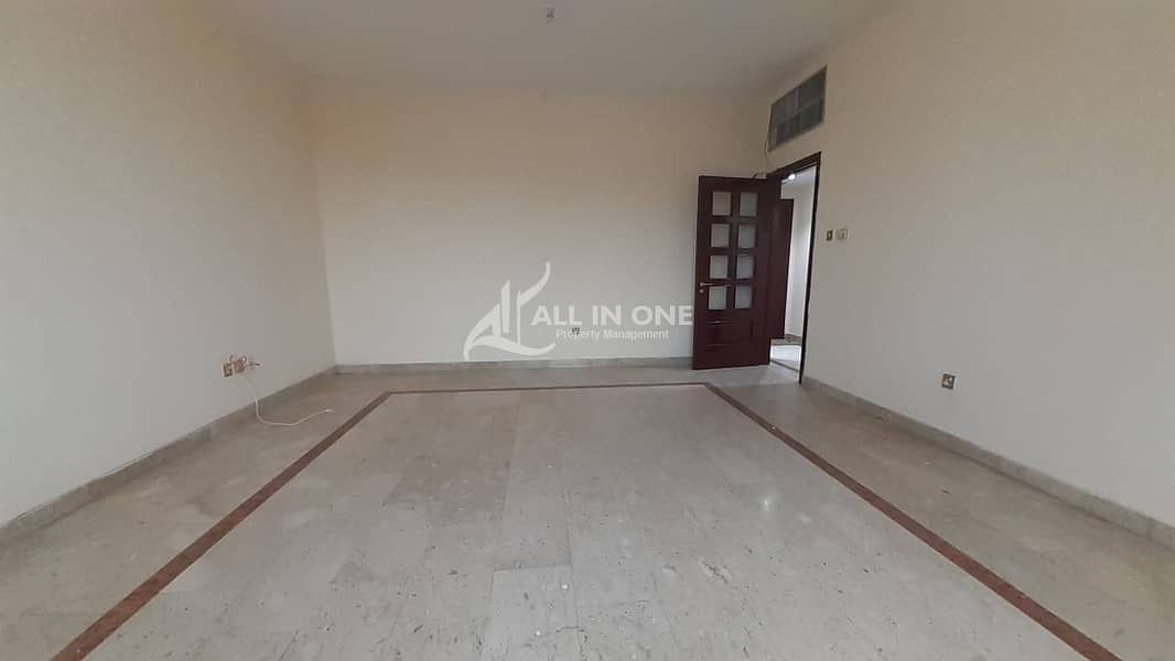 Huge Size 3BR with Balcony in 4 Pays!