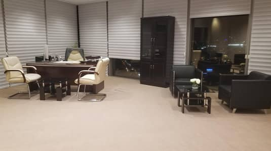 Office for Rent in Bur Dubai, Dubai - New-Age Luxury Offices in the Heart of Dubai Surrounded by Exquisite Beauty High Floor Breathtaking View