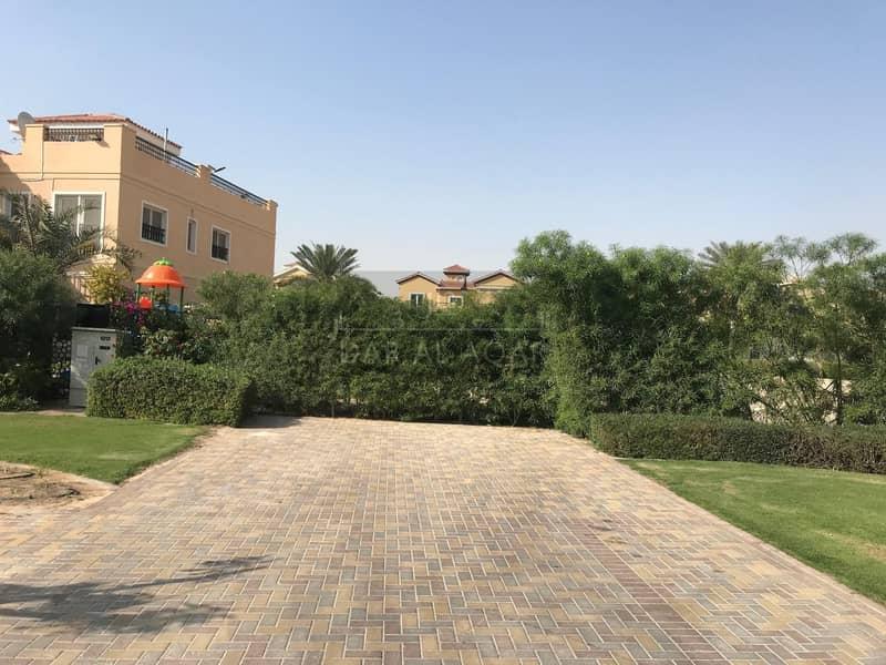 2 Beautiful Corner Plot to Build your Dream House in Hacienda