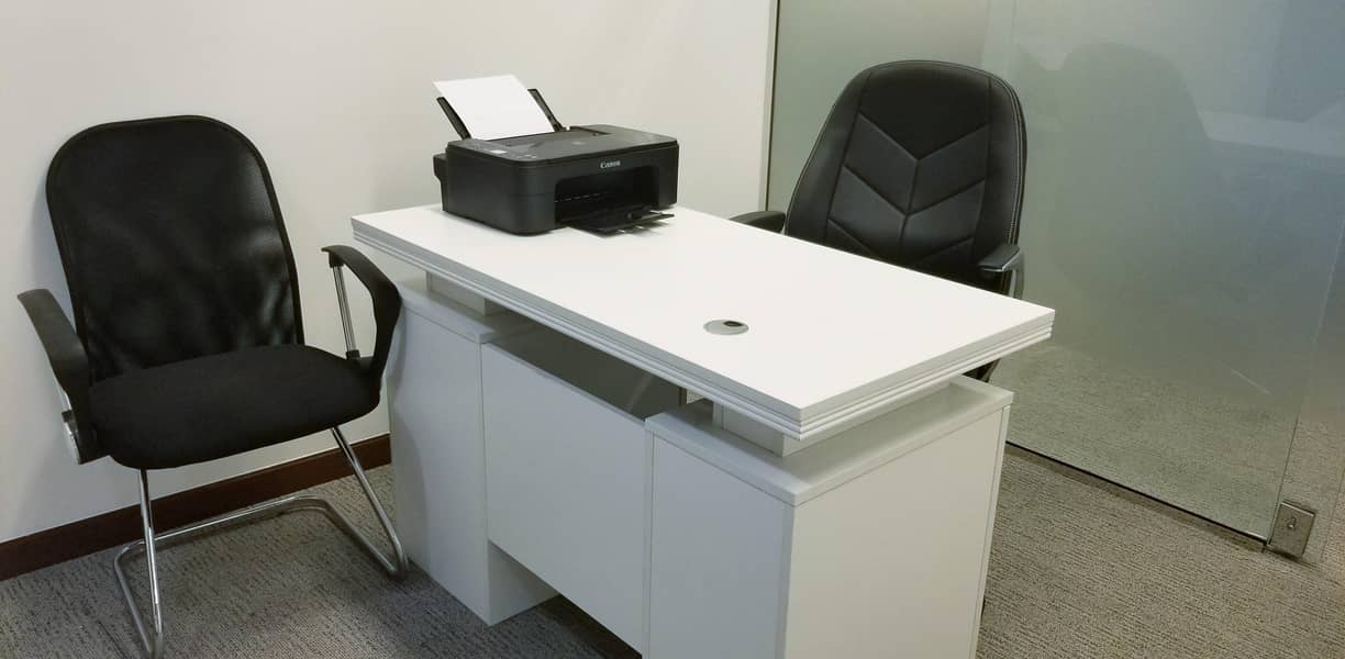 22 Stunning Flexi Desk Office with Fantastic Location | Fully Furnished| Fully Serviced|Near to Metro|with Tenancy Contract