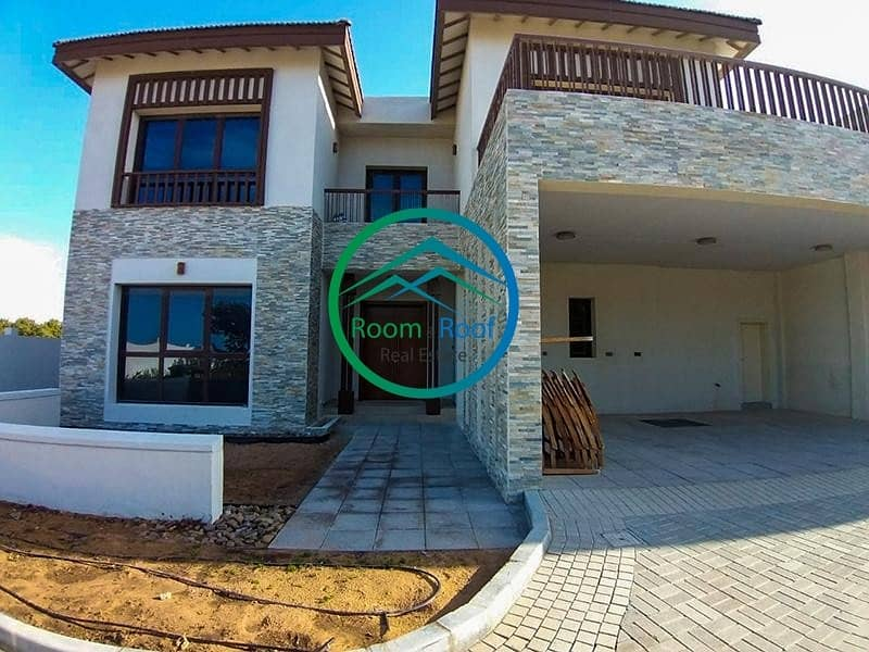 2 Exclusive Beach Access with this Villa in Al Reem Island
