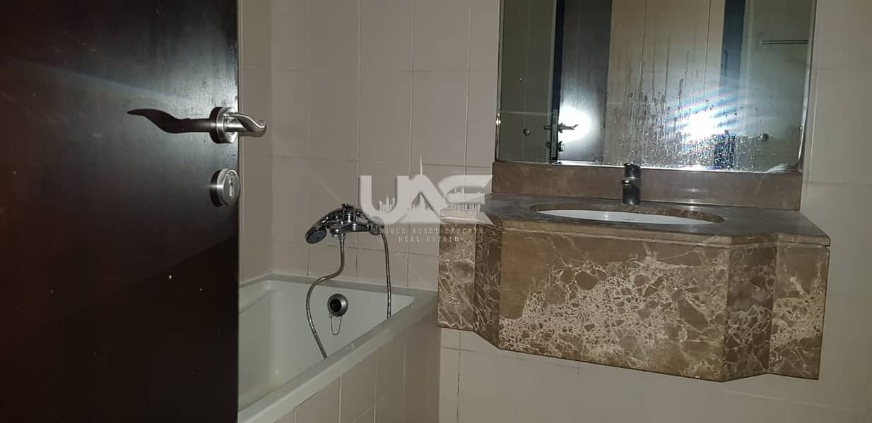 16 3 Bedroom with  Maids  Room on High Floor Near Metro Station- JLT