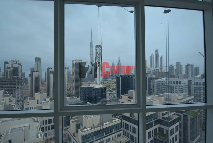 Great Deal! 1 BR + Laundry! Burj View