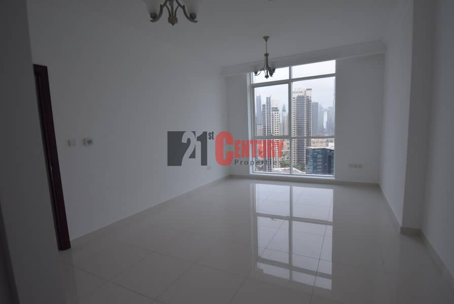 2 Great Deal! 1 BR + Laundry! Burj View