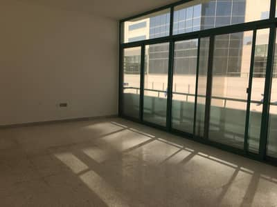 Studio for Rent in Electra Street, Abu Dhabi - Awesome studio near ADCB with easy parking