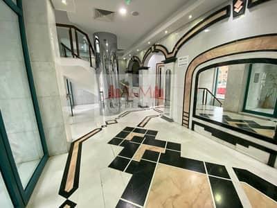 شقة 2 غرفة نوم للايجار في الخالدية، أبوظبي - Great Deal: 2 Bedroom Apartment with Maids room 70k (Bi-Monthly) 6 cheques.!